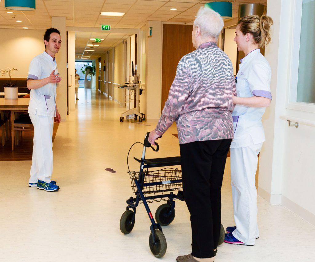Beweegroute versnelt het herstel tijdens ziekenhuisopname
