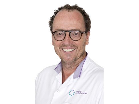 Plastisch chirurg over overtollige huid na obesitaschirurgie