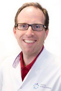 Broek, dhr. dr. F.J.C. van den
